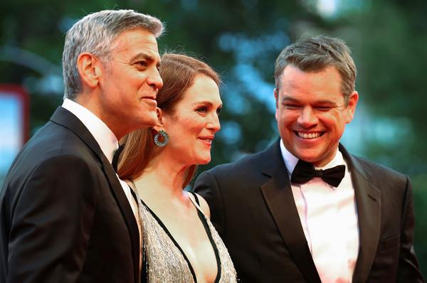 乔治·克鲁尼、马特·达蒙和朱丽安·摩尔为合作的电影出席威尼斯影展。