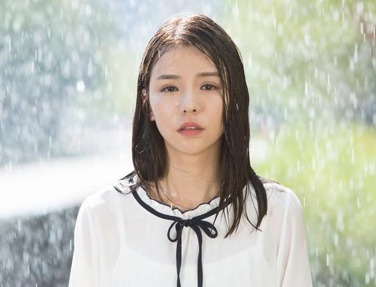 """李毓芬暴雨哭戏让她感叹""""超难忘""""。"""