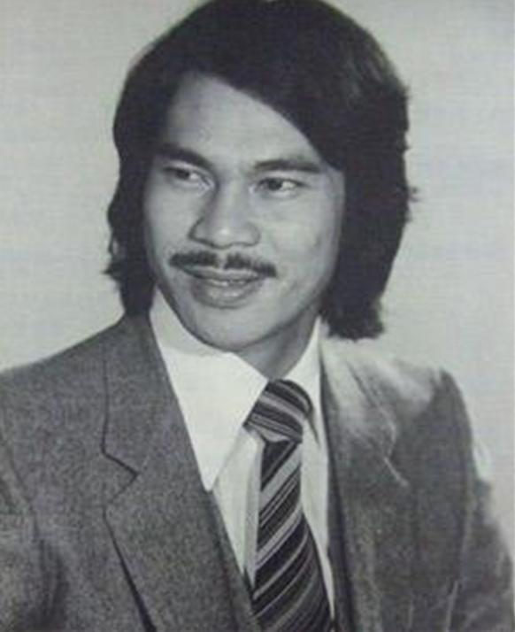 陈观泰年轻时