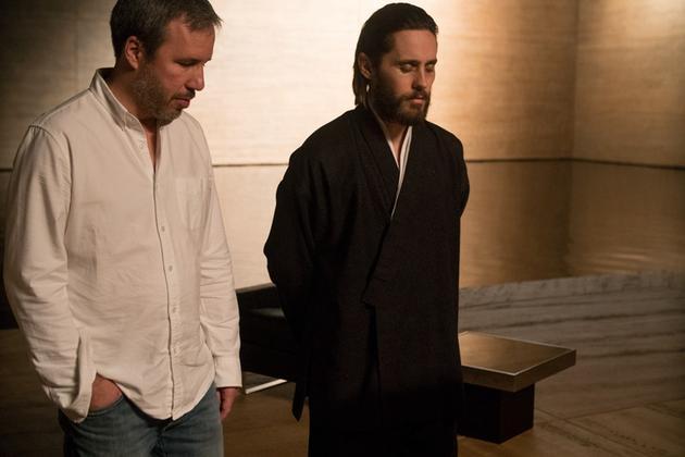 维伦纽瓦(左)被科幻迷封神