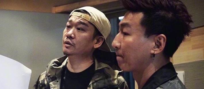 经纪人公司为陈羽凡庆生 晒录音棚照片喊话永远在一起