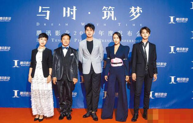 唐季禮(左二)揭露《急先鋒》驚險時刻。