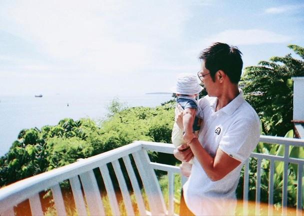 郑嘉颖与宝宝