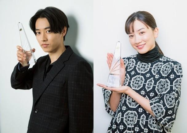 山崎圣人(左)和永野芽郁成为《第98届日剧奥斯卡》的视帝视后。