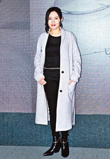 李丽珍表示这是她首次拍节目