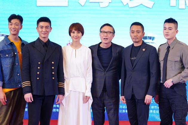 《中国机长》剧组