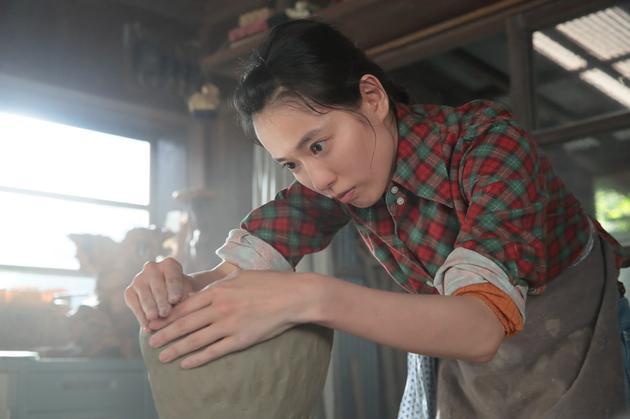 戶田惠梨香連續劇小說《緋紅》劇照