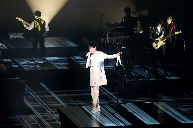 吴青峰在上海举办演唱会