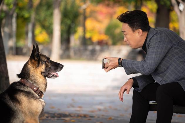 李星民片中获动物沟通超能力