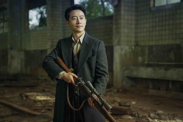 黄轩透露陈赫不爱笑场 坦言角色的复杂性吸引自己