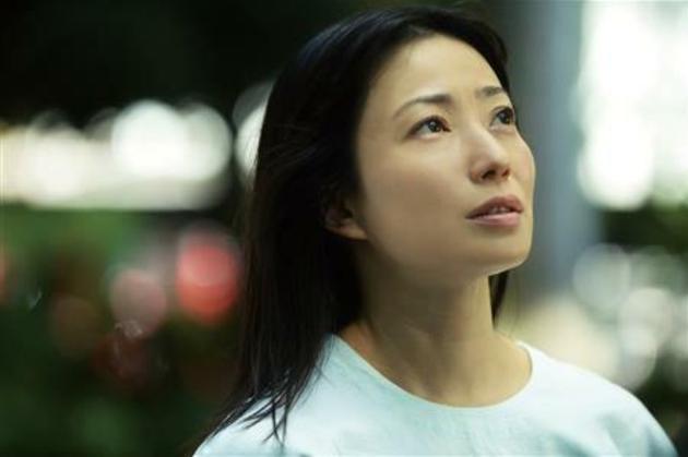菅野美穗时隔十年主演电影《明天的餐桌》