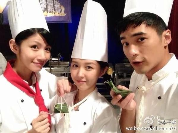 李千那(左起)、邵雨薇、是元介当年都曾演出《美味的想念》。