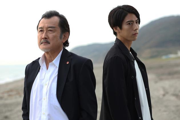 吉田鋼太郎、賀來賢人合作日劇《死命》