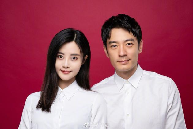 李光洁与妻子隋雨蒙结婚照