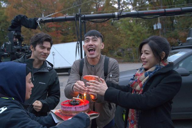 剧组跟凤小岳、陈妍希帮张书豪惊喜庆生