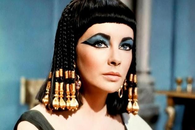 泰勒扮演的埃及艳后
