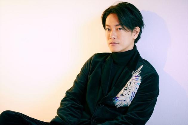 佐藤健接受采访谈中学时梦想 称不知不觉成了演员