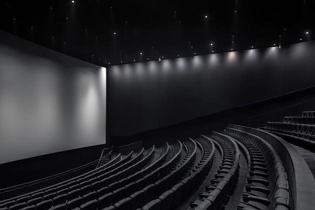受疫情影响衰亡的电影院