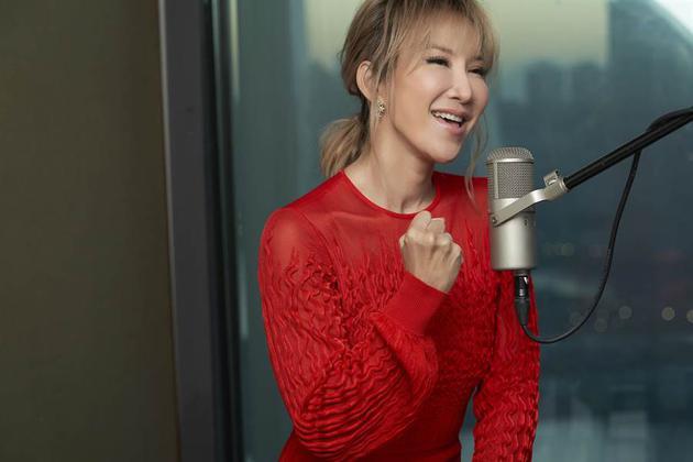 李玟隔22年再为《花木兰》唱主题曲 笑称唱到头晕