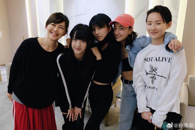 孙燕姿与《明日之子水晶时代》选手