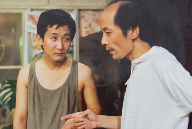 梁天和葛优在《我爱我家》中合作