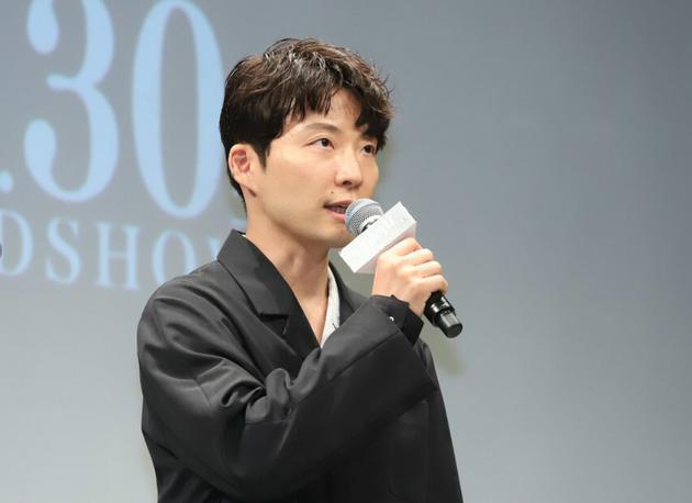10月22日东京星野源参加电影《罪之声》完成报告见面会