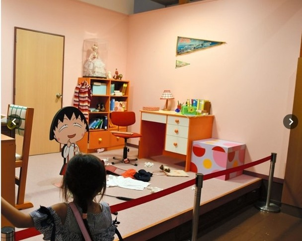 樱桃小丸子乐园摆放不少动画的情景。
