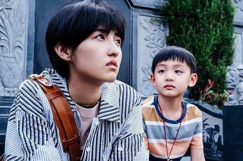 《我的姐姐》张子枫(左)