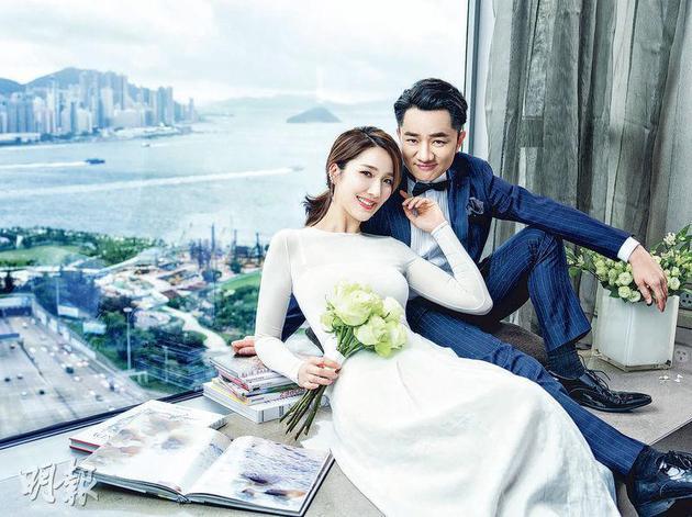 王祖蓝与李亚男结婚三年多,在昨天(7月13日)拍拖9周年纪念日宣布造人成功,希望所有事都长长久久。