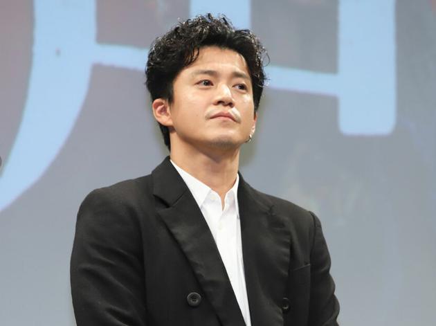 10月22日东京小栗旬参加电影《罪之声》完成报告见面会