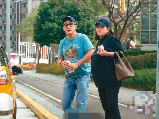 53岁吴大维宣布升级当爸爸:我的前世情人出现了