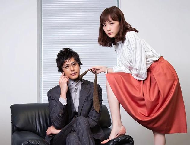 速水直道饰演天城恭一,松井喜欢莉饰演佐藤唯