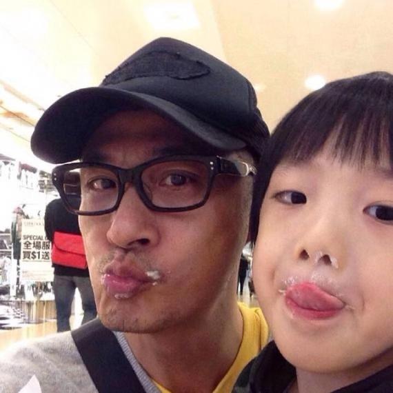 吳鎮宇與兒子費曼