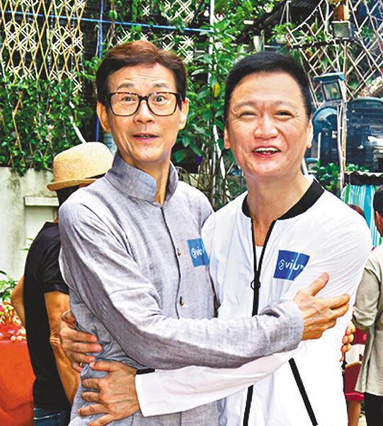 二十多年前饰演父子的郑少秋(左)和陶大宇(右),如今在《诡探前传》再斗演技