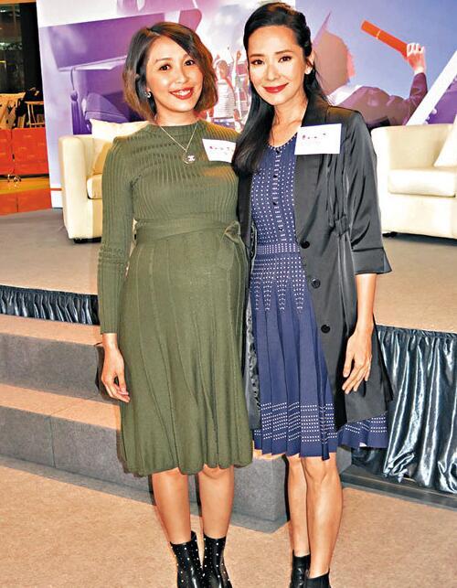 郭羡妮(右)与黄芳雯(左)同已为人母。