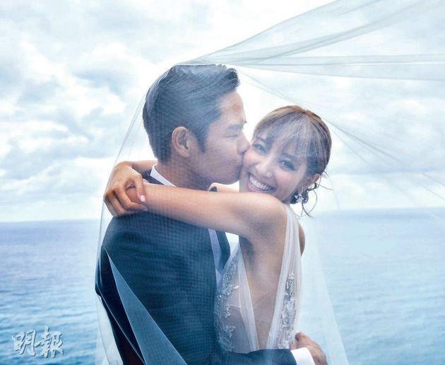 郑嘉颖陈凯琳巴厘岛成婚 80名宾客分享喜悦