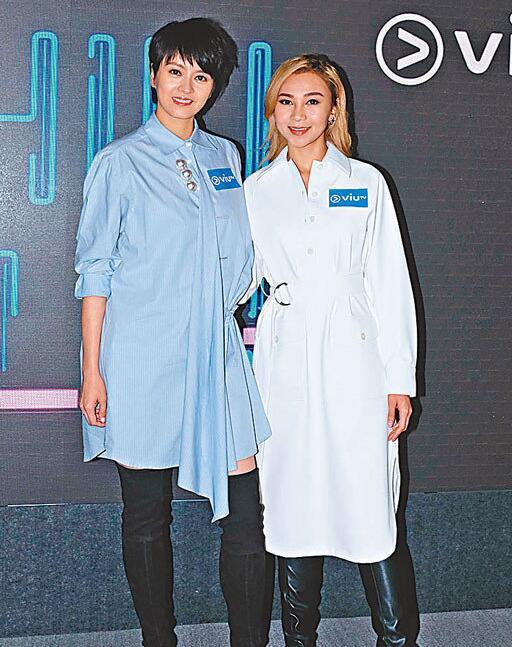 梁咏琪(左)与江海迦为音乐节目担任嘉宾。