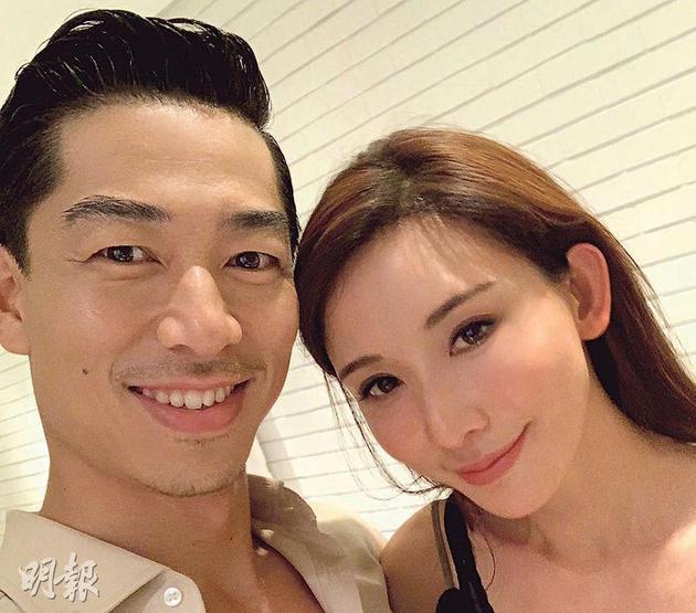 林志玲(右)昨晚(6月6日)在社交網分享與Akira頭貼頭的甜蜜合照,宣布兩人已結婚了。