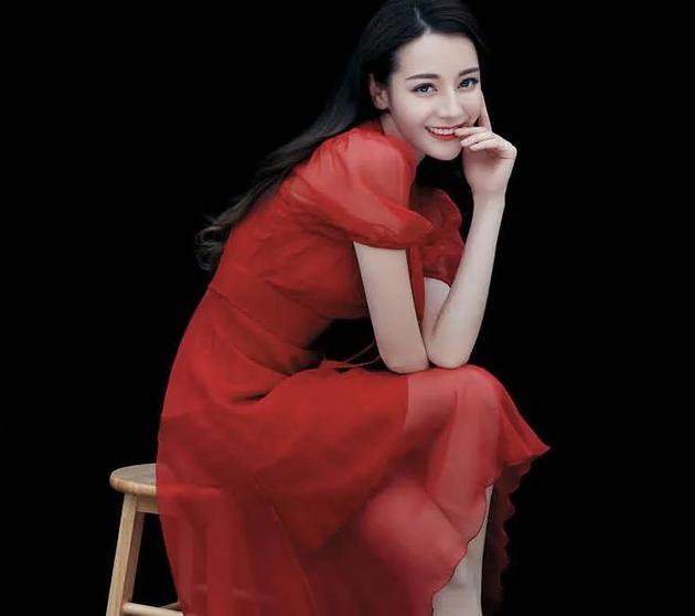 王晶辟謠迪麗熱巴飾演新《倚天》小