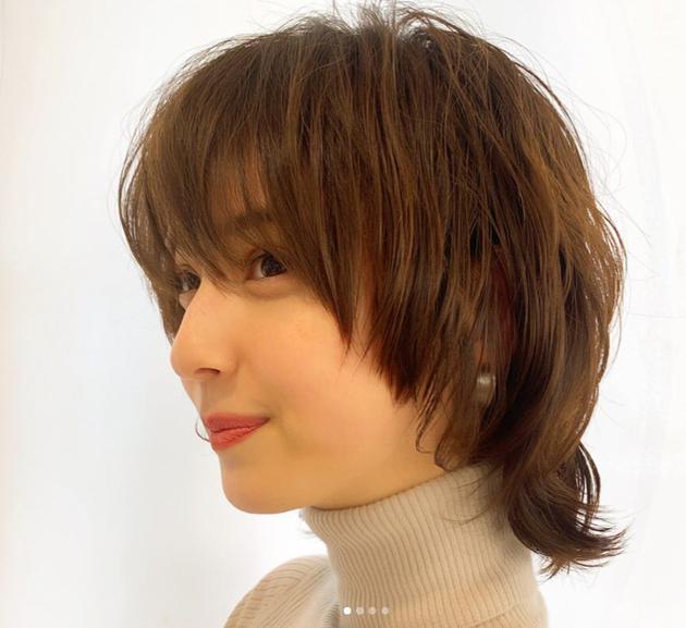 佐佐木希昔时短发