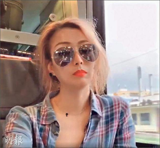 坐在火车上的郑秀文,对未来工作有新构想。