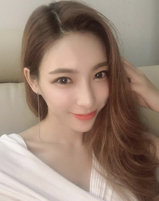 韩女星张夏温被曝欲以17万元卖淫 本人和公司否认