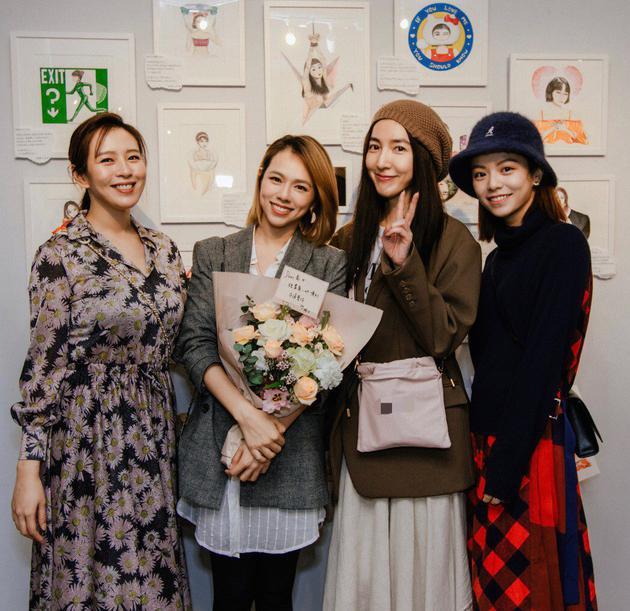 刘品言(左起)、夏于乔、杨谨华、宋芸桦画展齐聚