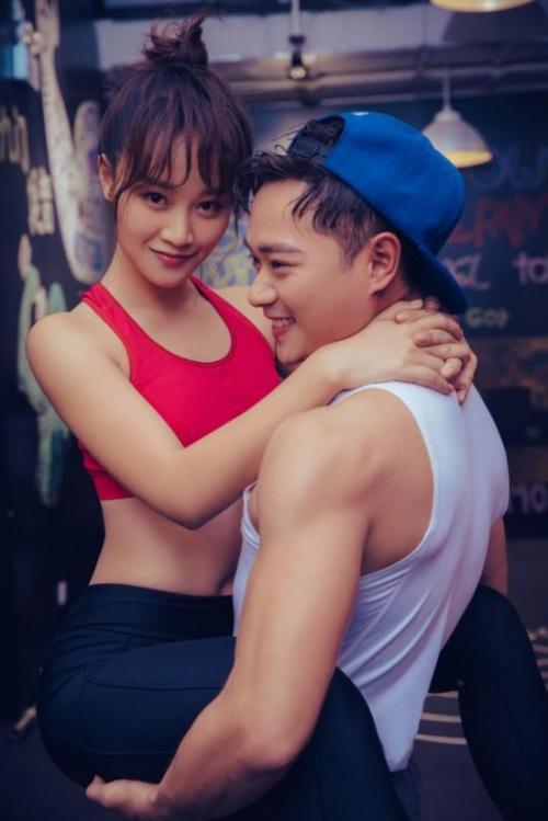 蓝盈莹发博力挺男友:你是最称职的演员曹骏