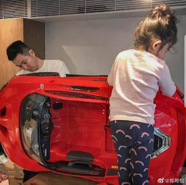 郑希怡老公和女儿