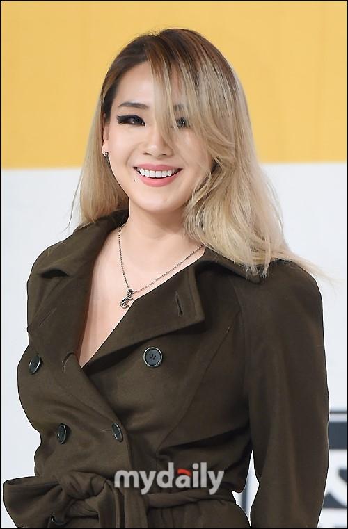 CL将离开YG 进军美国迟迟未果在韩也无新作品