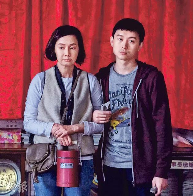 毛舜筠给戏中演自闭症儿子的凌文龙满分。