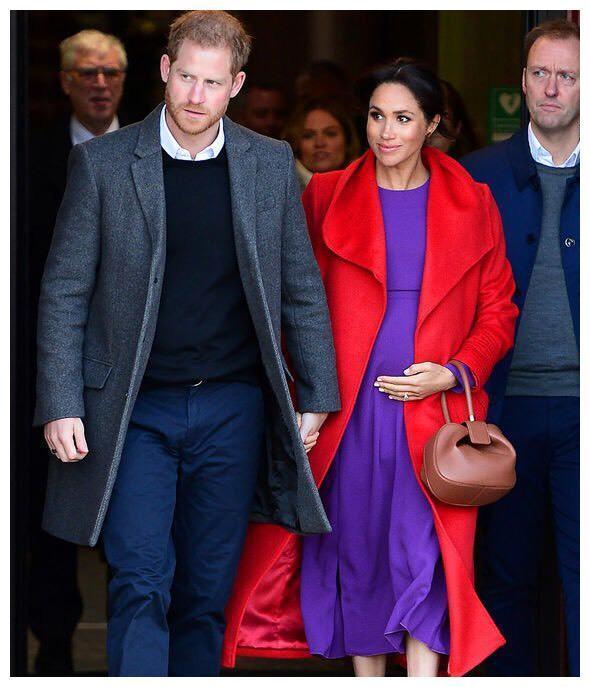 哈里王子与梅根旧照