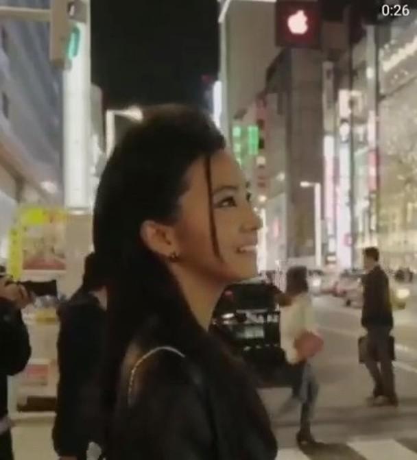 木村光希为代言珠宝品牌拍摄宣传片。