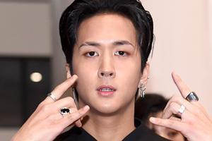韩歌手Ravi公开道歉 新歌被指性骚扰RedVelvet